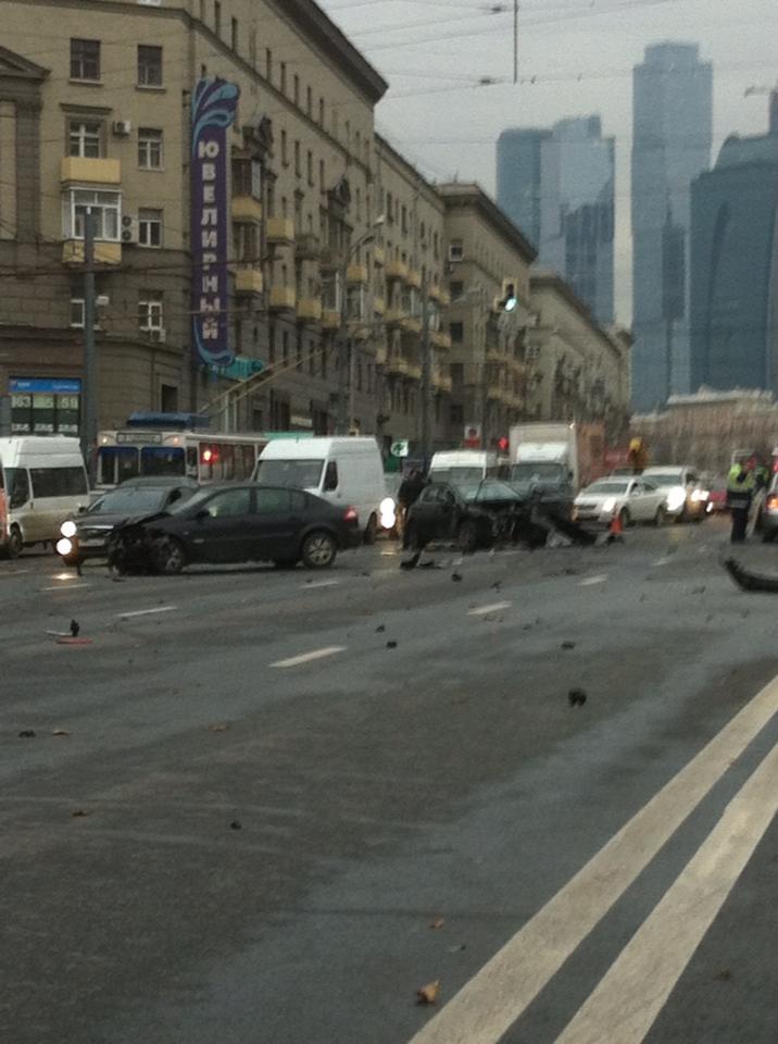 ДТП на ул. Б. Дорогомиловская 07.11.2013г.