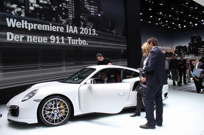 Международный автомобильный салон во Франкфурте 2013 (фото)