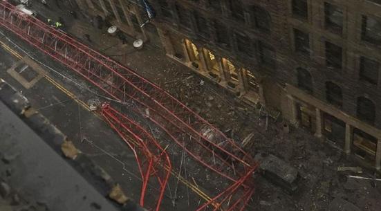 Кран в Нью Йорке